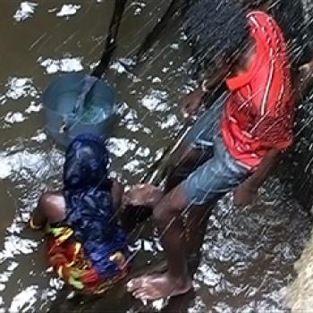 Guerre de l'eau dans les puits chantants (Marsabit, Kenya)
